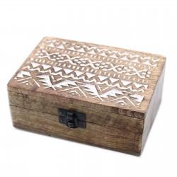 Drewniane pudełko - słowiański wzór